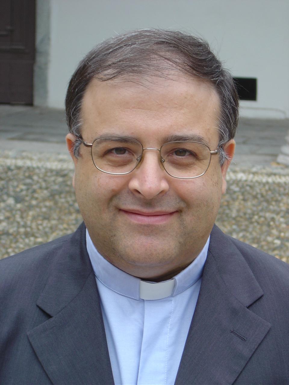 Lettera della Arcidiocesi sul nuovo incarico pastorale a don Pino